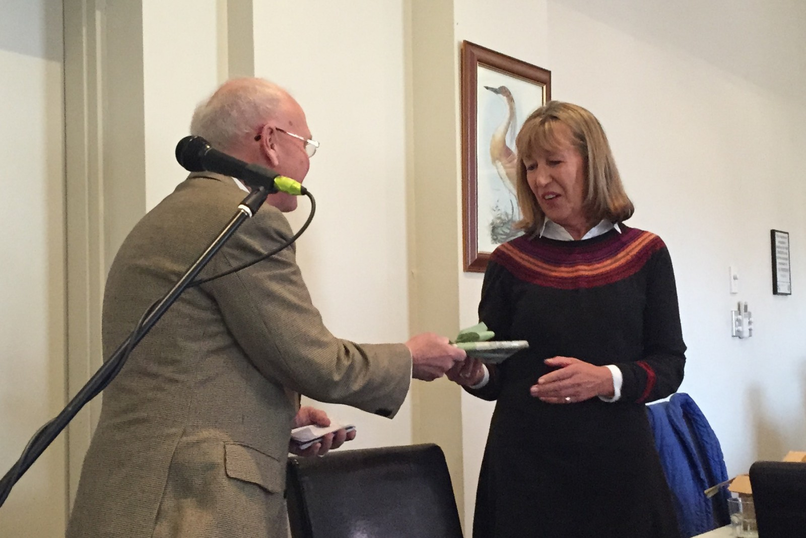 Trisha Dixon is thanked by Friends' vice-president Malcolm Beazley